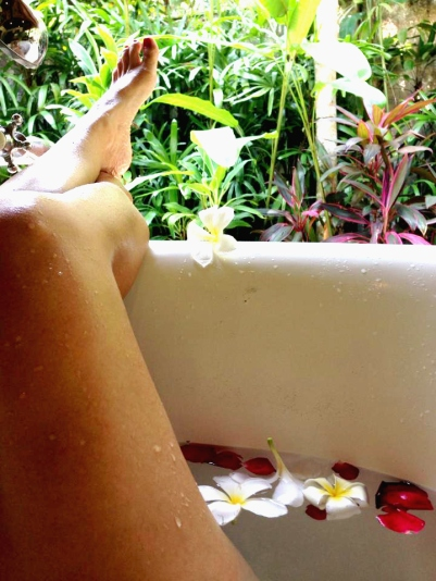 Barefoot Luxe by Chami Jotisalikorn, model Chami Jotisalikorn, best luxury travel wellness blog