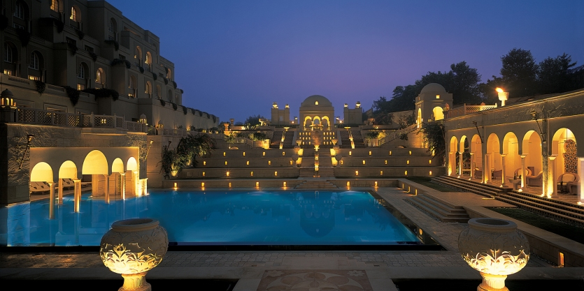 Amarvilas in Agra, India luxury resort, www.barefootluxe.wordpress.com