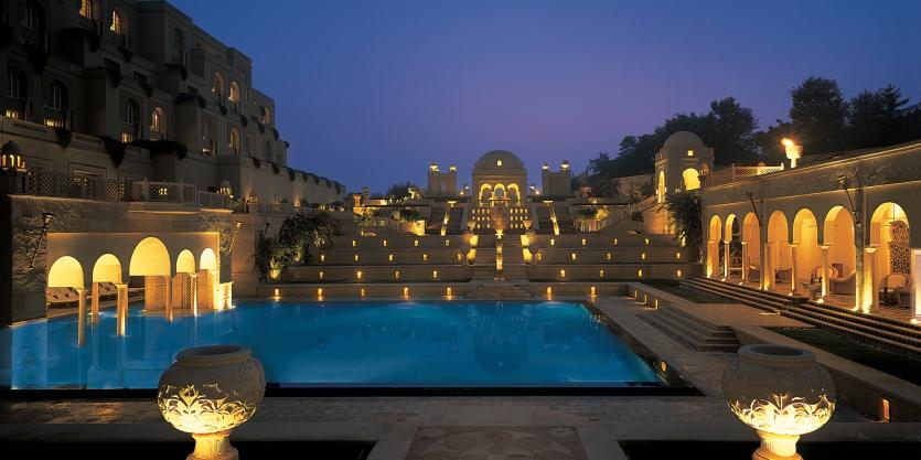 Amarvilas in Agra, India luxury resort, www.barefootluxe.wordpress.com