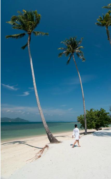 Barefootluxe.net, model Chami Jotisalikorn, Naka Island Phuket, About contact Chami Jotisalikorn Barefoot Luxe, barefoot luxury