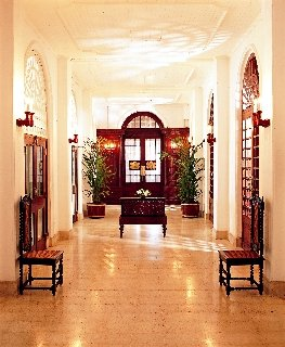 Galle Face hotel Sri Lanka, www.barefootluxe.wordpress.com