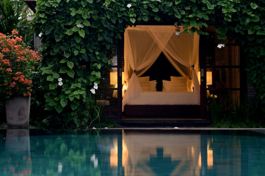 Sentosa Seminyak villa Bali, www.BarefootLuxe.net
