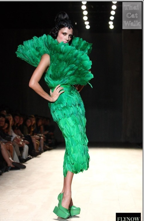 Fly Now Couture Bangkok best fashion designerwww.BarefootLuxe.net