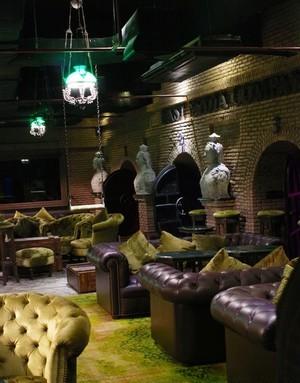 Maggie Choos Bangkok bar