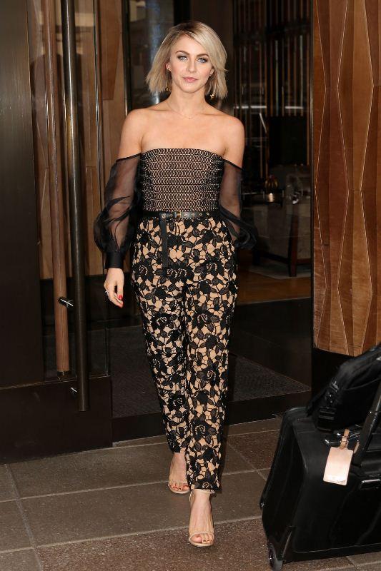 vatanika Thai fashion designer to the stars