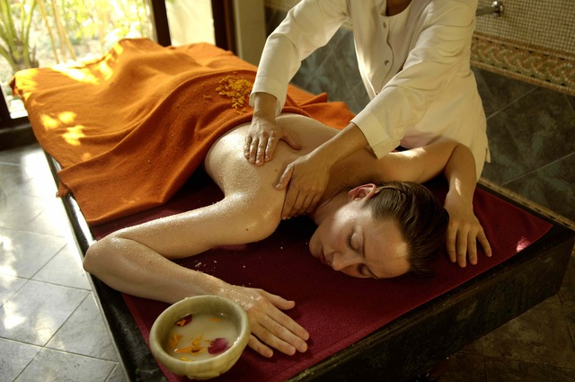 Ananda in the HImalayas, luxury Ayurveda wellness India, www.barefootluxe.wordpress.com