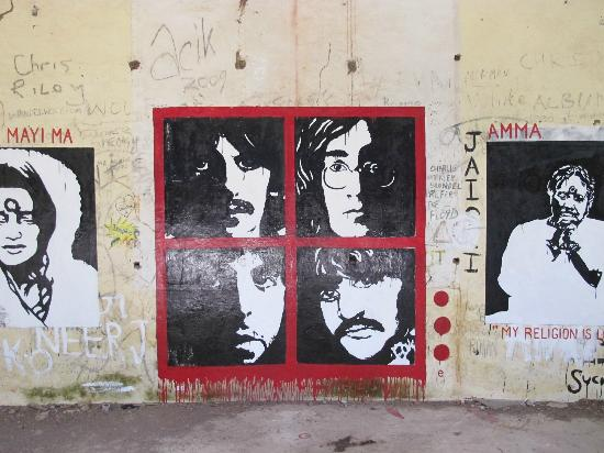 Beatles ashram Rishikesh, www.barefootluxe.wordpress.com