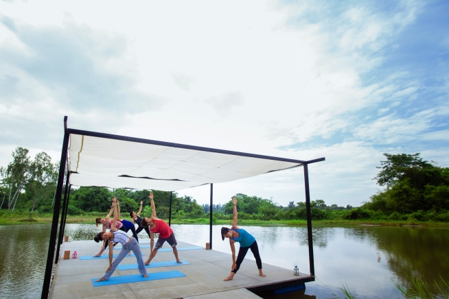 www.BarefootLuxe.net, Museflower Retreat & Spa Chiang Rai.yoga class, best affordable wellness yoga spa retreats Thailand