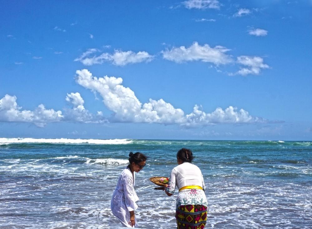 www.BarefootLuxe.net, Tugu Resort & Spa Bali, best Asia luxury boutique hotels, best healing luxury spas bali Asia