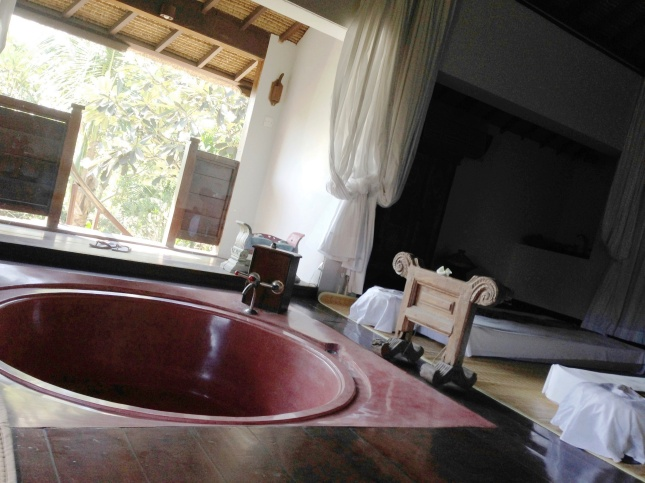 www.BarefootLuxe.net, Tugu Resort & Spa Bali, best Asia luxury boutique hotels, best healing luxury spas bali Asia