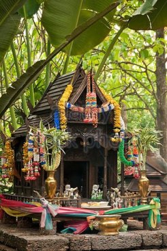 buddhist-shrine-at-the-four-seasons-resort-chiang-mai-thailand-bn15d41