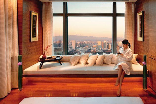 Mandarin Oriental Tokyo spa, www.BarefootLuxe.net, luxury hotels spa Asia Tokyo