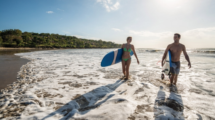 surfing-at-jimbaran-beach
