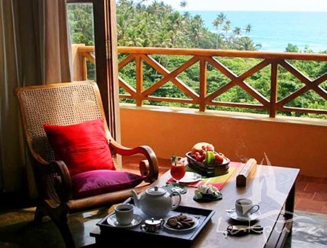 Batberyn Beach ayurveda resort Sir Lanka, www.Barefootluxe.net