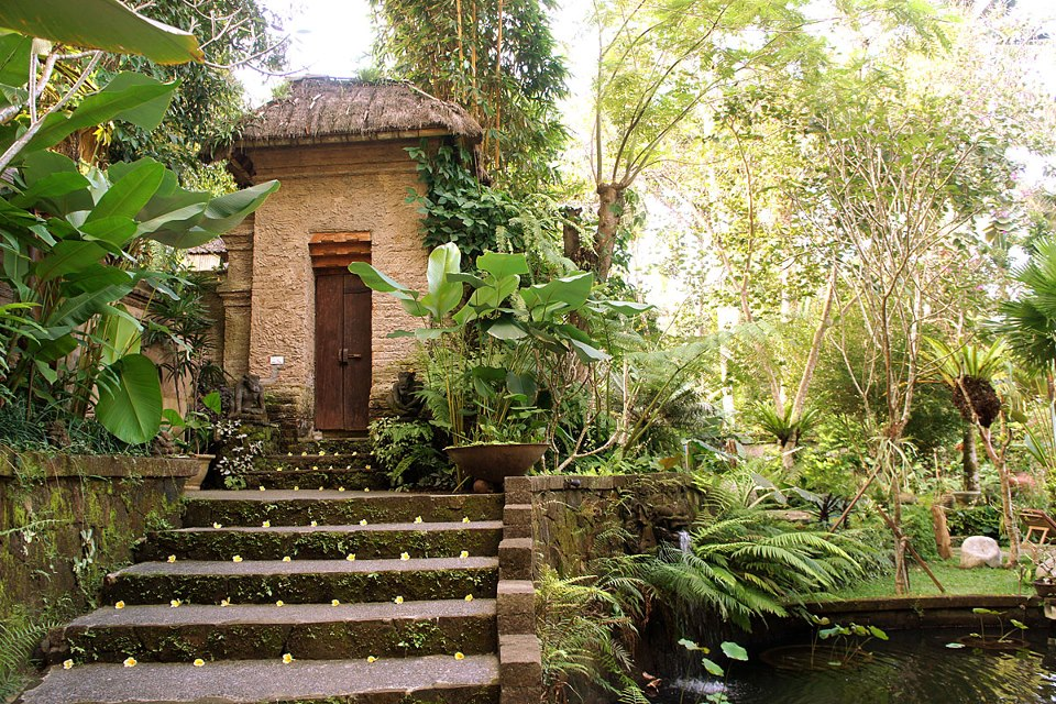 Villa Madu Ubud Bali, private villa rental Bali, www.BarefootLuxe.net
