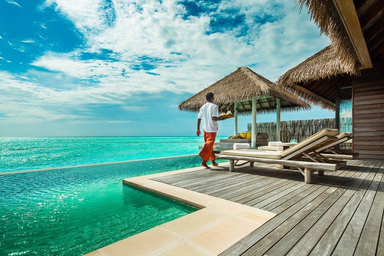 Como Maalifushi Resort Maldives, eco luxury experiences Maldives Asia, www.barefootluxe.net