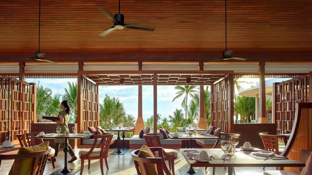 Ritz Carlton Samui, luxury resorts Samui Thailand, www.BarefootLuxe.net